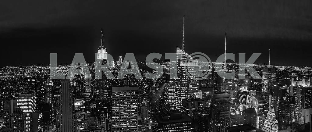 Black and white photography of the night in New York. USA