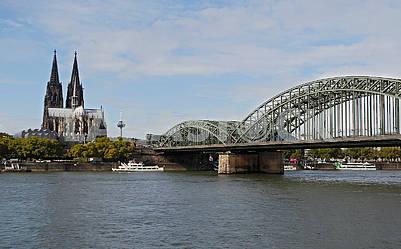 Мост Гогенцоллернов и Кельнский собор