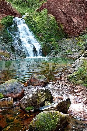 Водопад на реке Амгу
