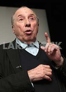 Актер Сергей Юрский в Киеве 27 октября 2009 года