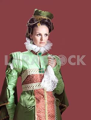 Женщина в стиле 16-го века