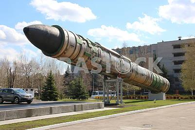Ракета на постаменте в КБ Южное