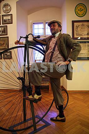 Велосипедист, Живые картинки, Городской музей Загреба