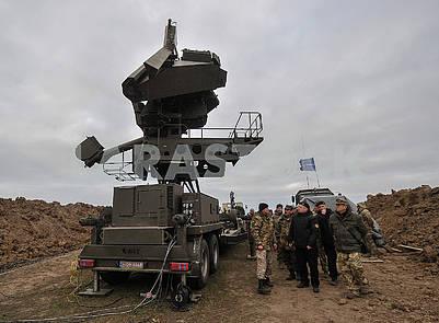 Станция наведения ракет СНР-125