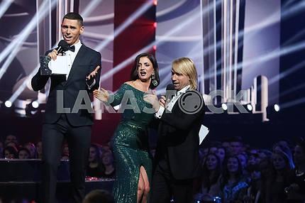 Никита Добрынин, Оля Цыбульская, Олег Винник на церемонии награждения M1 Awards 2016