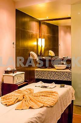 Интерьер спальни в гостинице на Занзибаре
