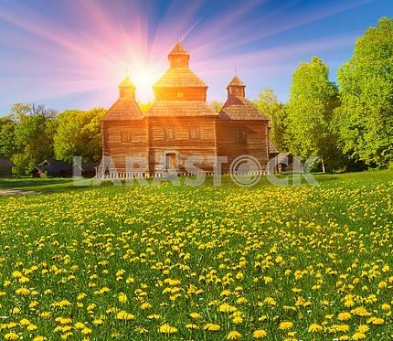 Деревянная церковь в Пирогово