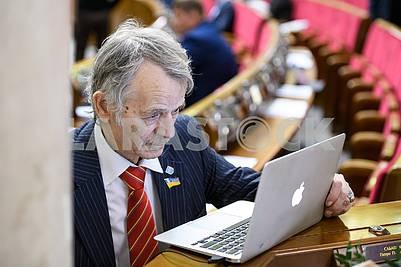 Депутат Мустафа Джемилев