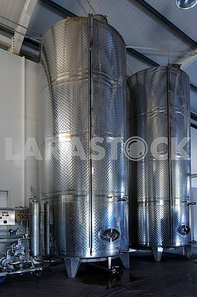 Вино из нержавеющей стали