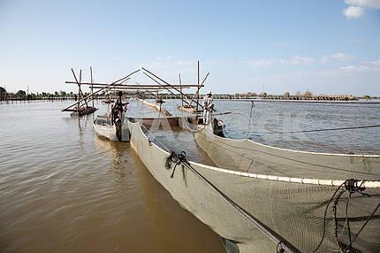 Рыбацкая артель.Сооружения для промышленной ловли рыбы