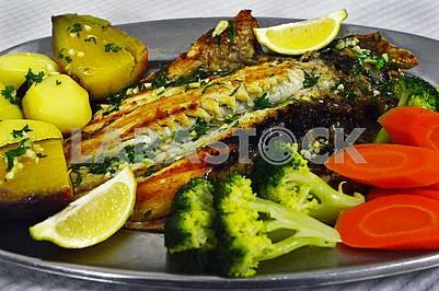 Рибна страва з Доради (Sparus aurata)