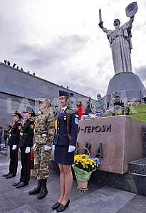 Парад военных лицеев в Киеве