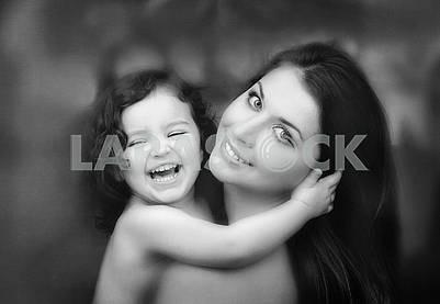 Мать и дочь крупным планом