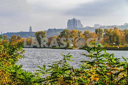 Осень на Матвеевском заливе Днепра в Киеве