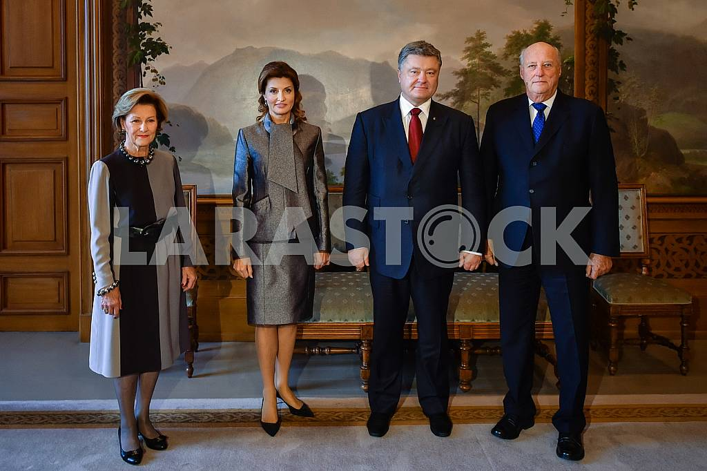 Queen of Norway Sonia, Marina Poroshenko, Petro Poroshenko, King of Norway Harald V — Image 42410