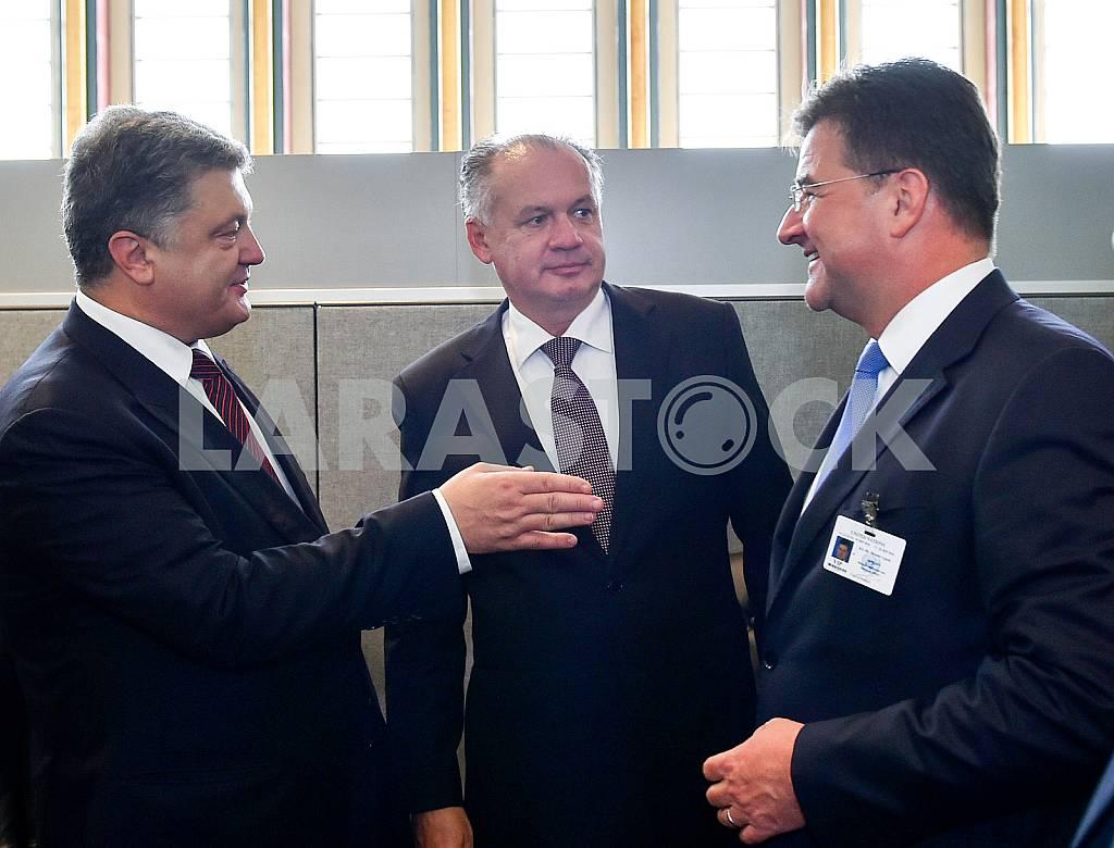 Петр Порошенко и Янош Адер — Изображение 37430