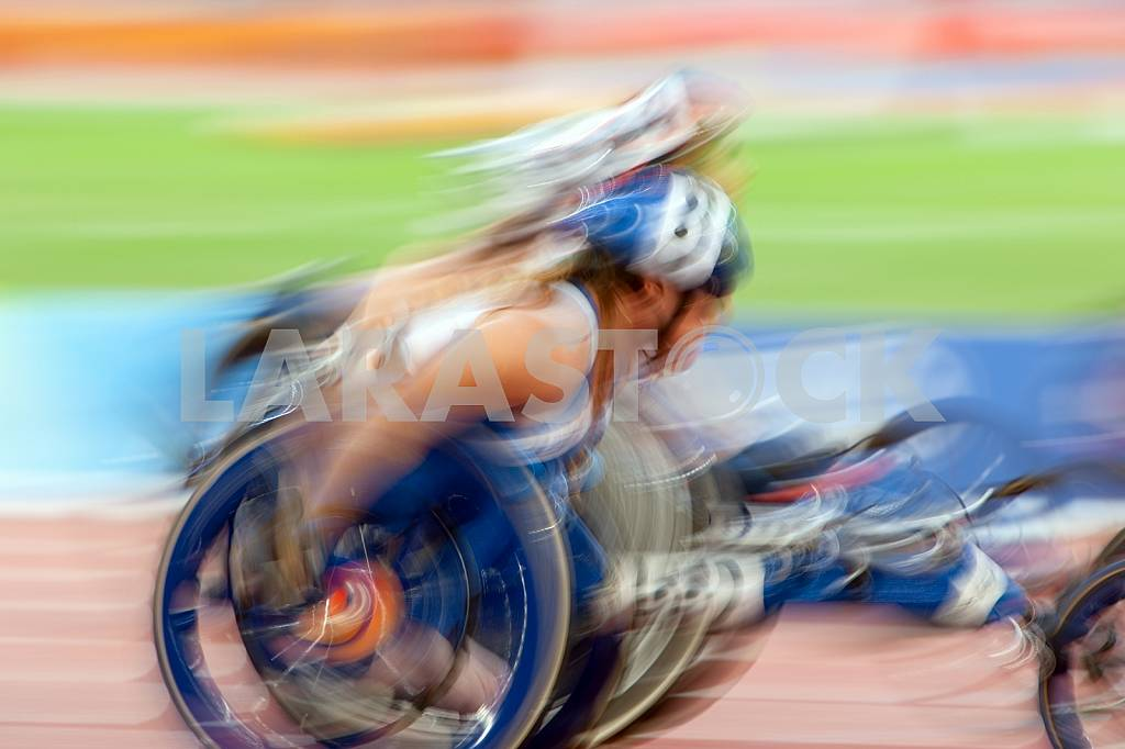 Competition wheelchair in motion — Image 22570