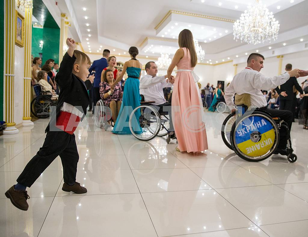 Marina Poroshenko opens IV Maltese ball for people with disabilities — Image 42570