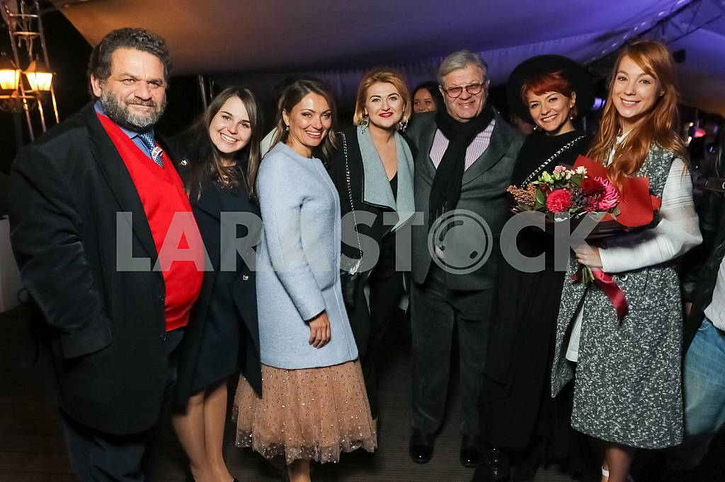 "Valery Chiglyaev with his wife, Ilya November with his wife, Svetlana Tarabarova on the 10th anniversary of the magazine ""Focus"" — Image 37680"