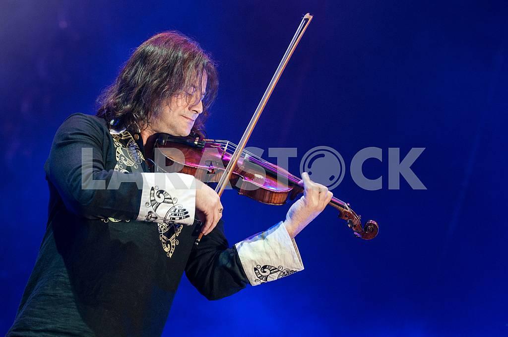Vasily Popadyuk - Ukrainian violinist — Image 25880