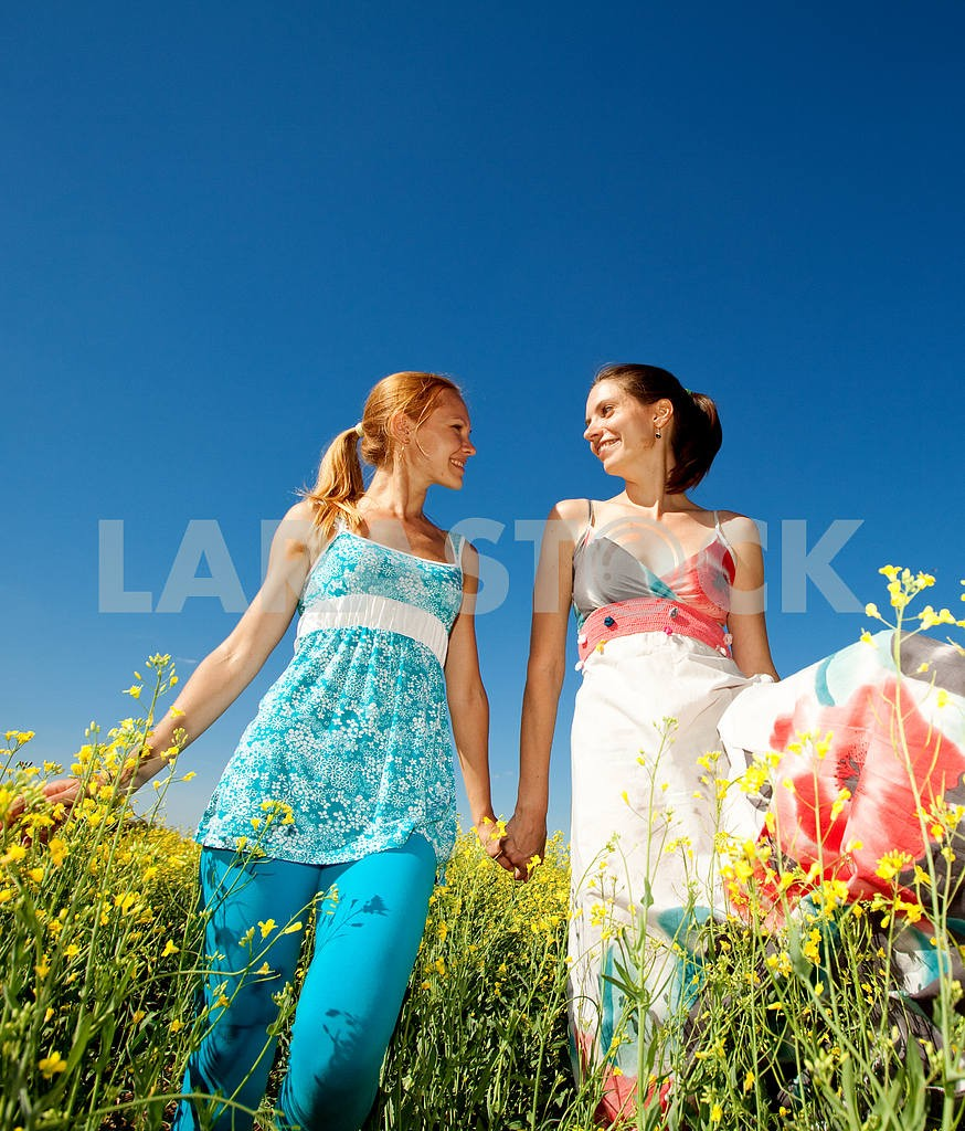 Русский лесбиянки две подруги видео
