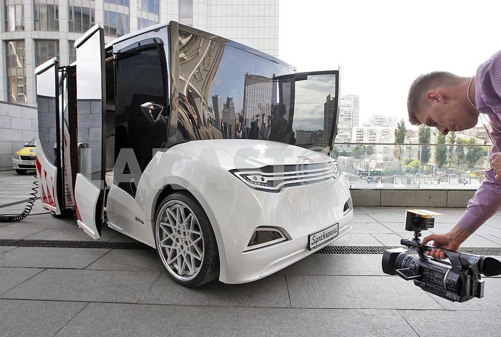 Презентация прототипа первого украинского электромобиля — Изображение 29771