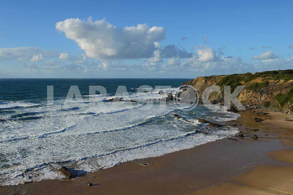 The coastline between Odeceixe and Zambujeira du Mar in Southern — Image 76871