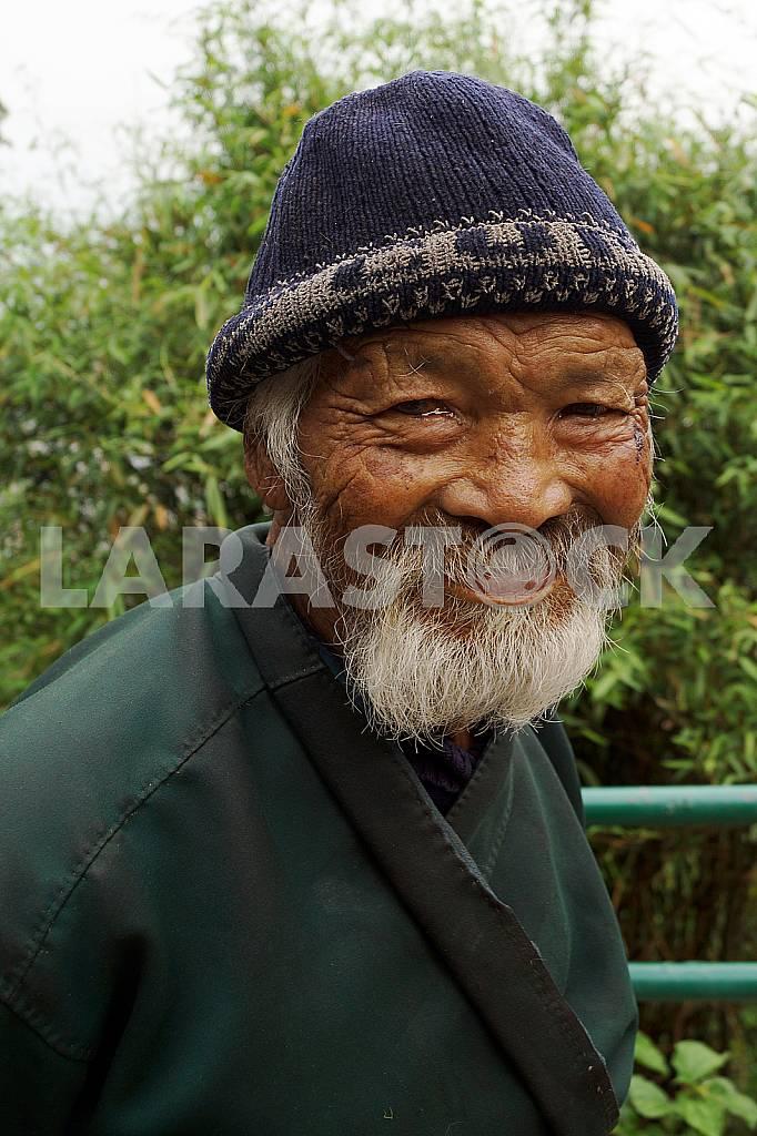 An elderly resident of Nepal — Image 22702