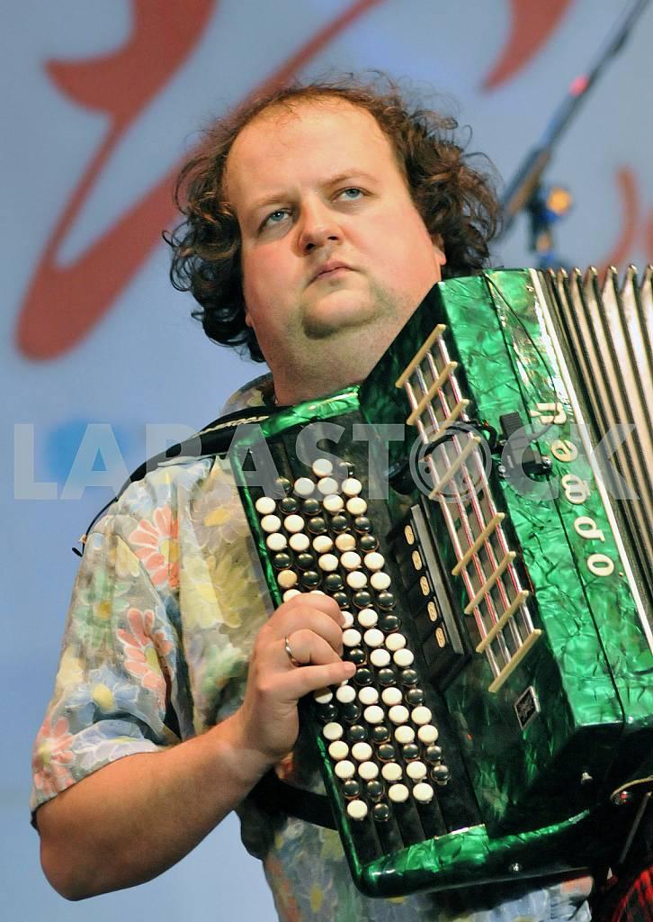SINGER AND MUSICIAN VIKTOR BRONJUK — Image 27312