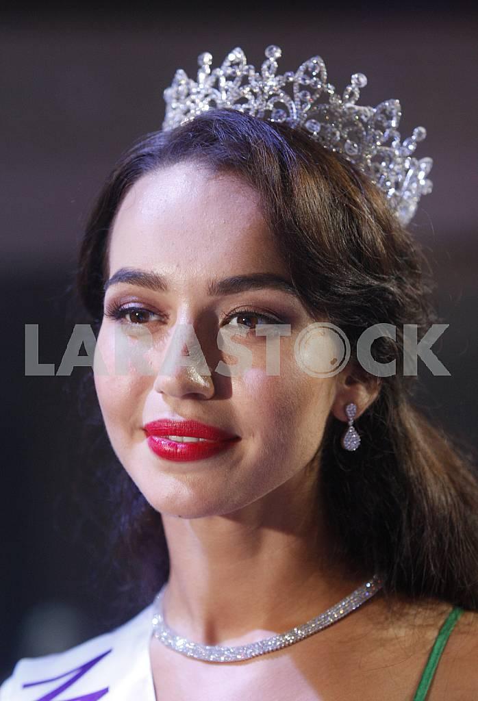 Miss Earth Ukraine 2016 Alena Belova — Image 35893