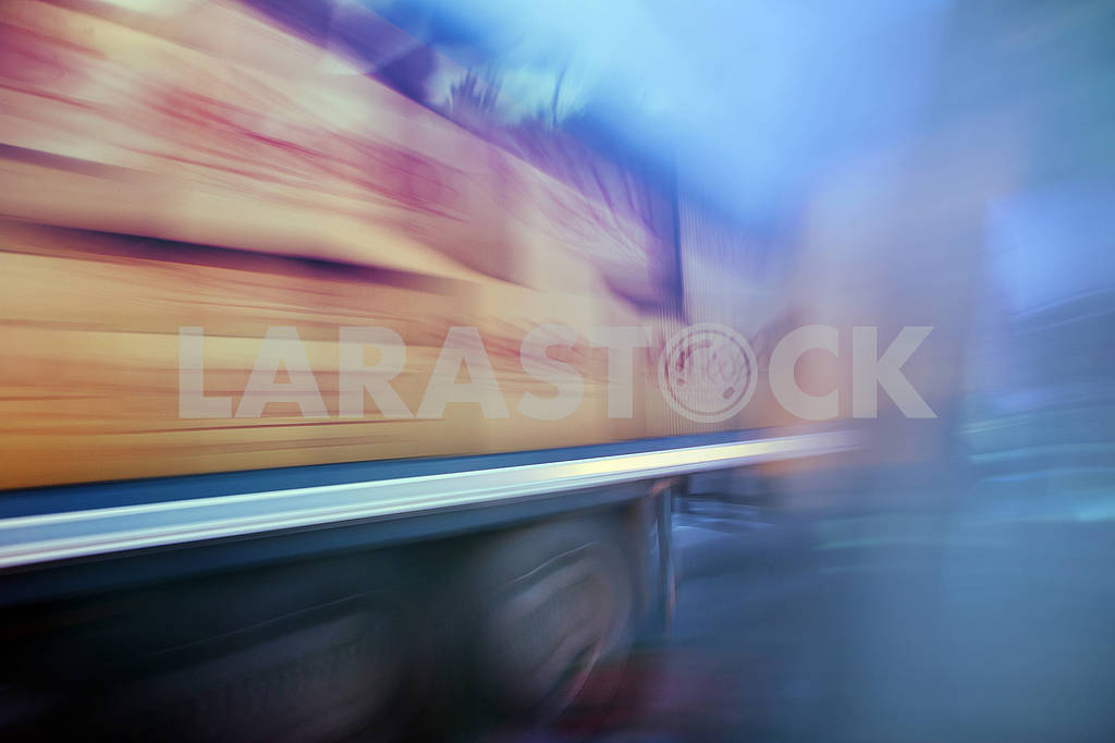 Truck  in fast motion on a blurred background — Image 64524