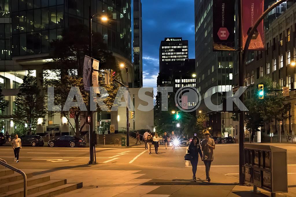 Bernard Street, street city at night — Image 33854