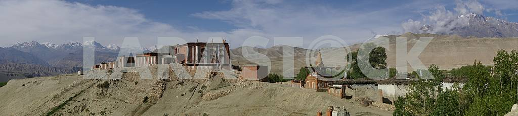 Panoramic view of Tsarang. — Image 22474