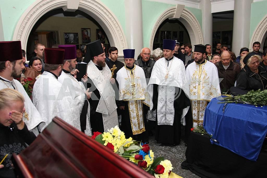 Farewell to the dead policemen Kutusheva Artem and Olga Makarenko — Image 37794