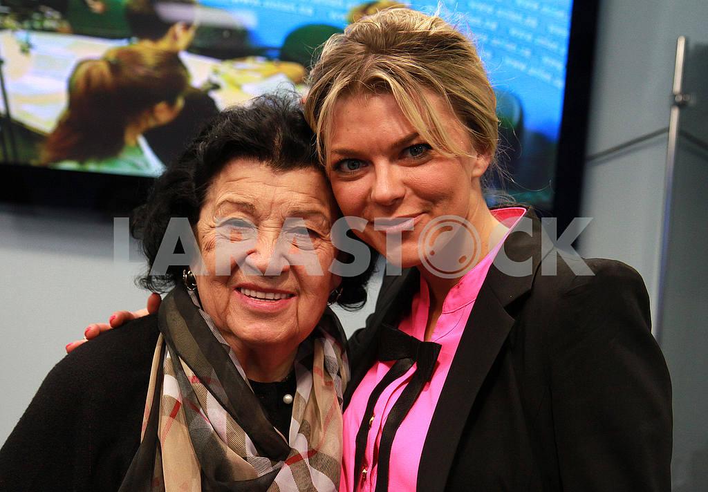 Albina Deriugina Blokhin and Irina 04.16.2016, Kiev — Image 50535