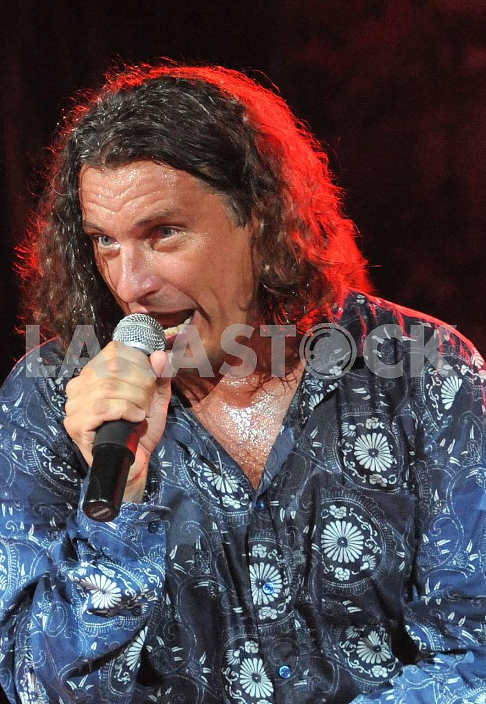 SINGER ANDREY KUZMENKO — Image 23795