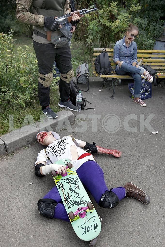 Марш зомби в Киеве — Изображение 36395