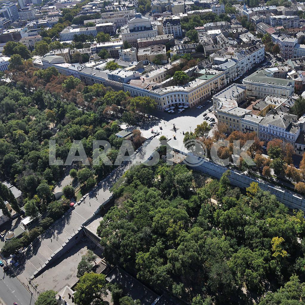 Одесса. Аэрофотосъемка. Потемкинская лестница 27 сентября 2011 года — Изображение 33376