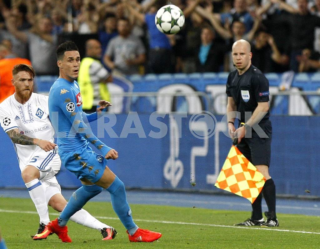 Soccer Dynamo (Kyiv) - Napoli (Naples) — Image 36707