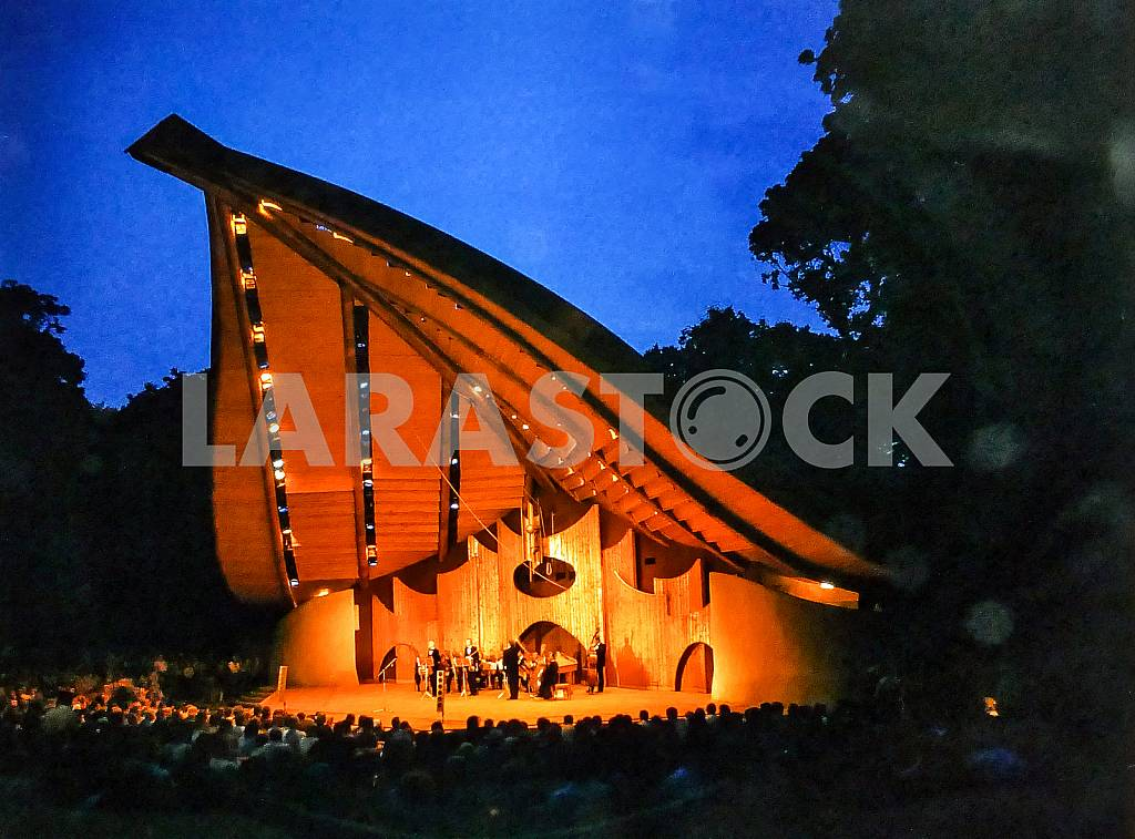 "Summer open-air stage, which is located in Garden City, between the stadium ""Dynamo"" and the Mariinsky Palace. — Image 31747"