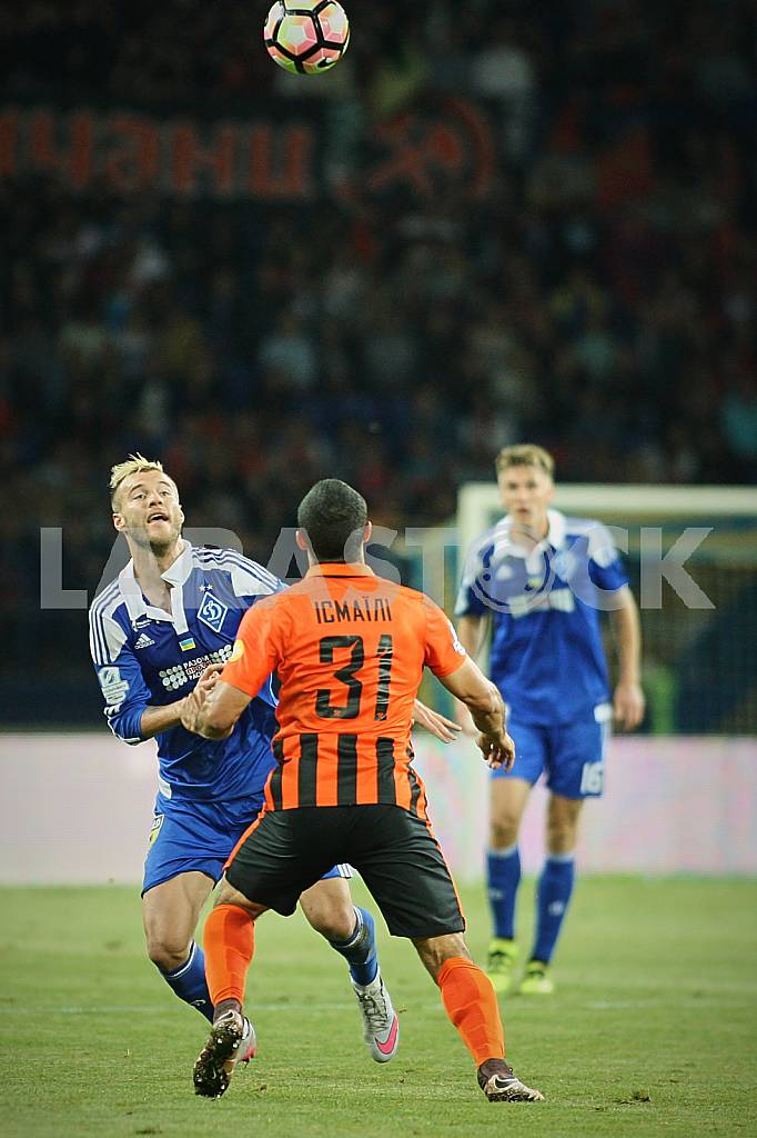 Andriy Yarmolenko is struggling with Ismaili — Image 36557