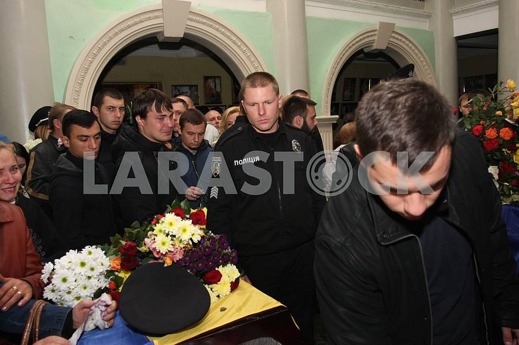 Farewell to the dead policemen Kutusheva Artem and Olga Makarenko — Image 37797