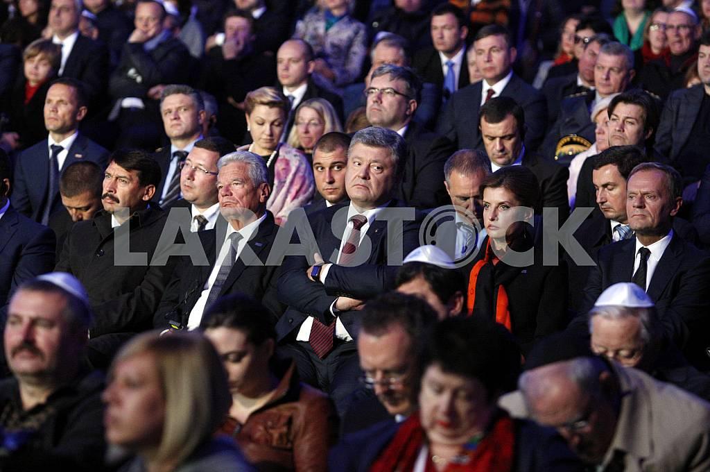Janos Ader, Joachim Gauck, Petro Poroshenko, Marina Poroshenko and Donald Tusk — Image 38218