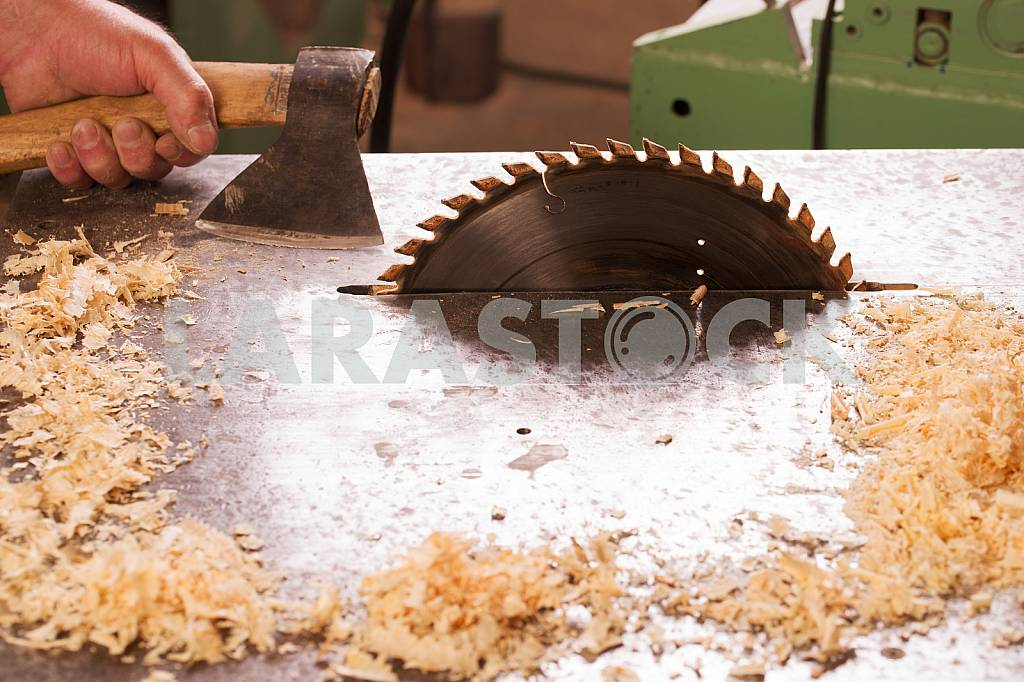Carpenter tools on wooden table with sawdust. Circular Saw. Carpenter workplace top view — Image 45768