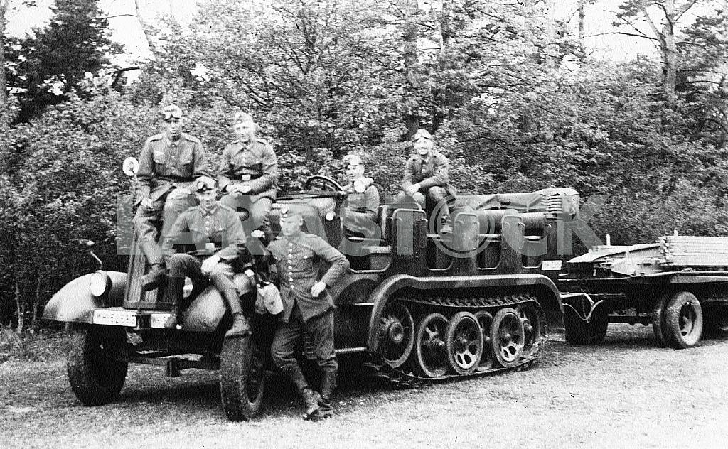 Famo. German infantry fighting vehicle — Image 22239