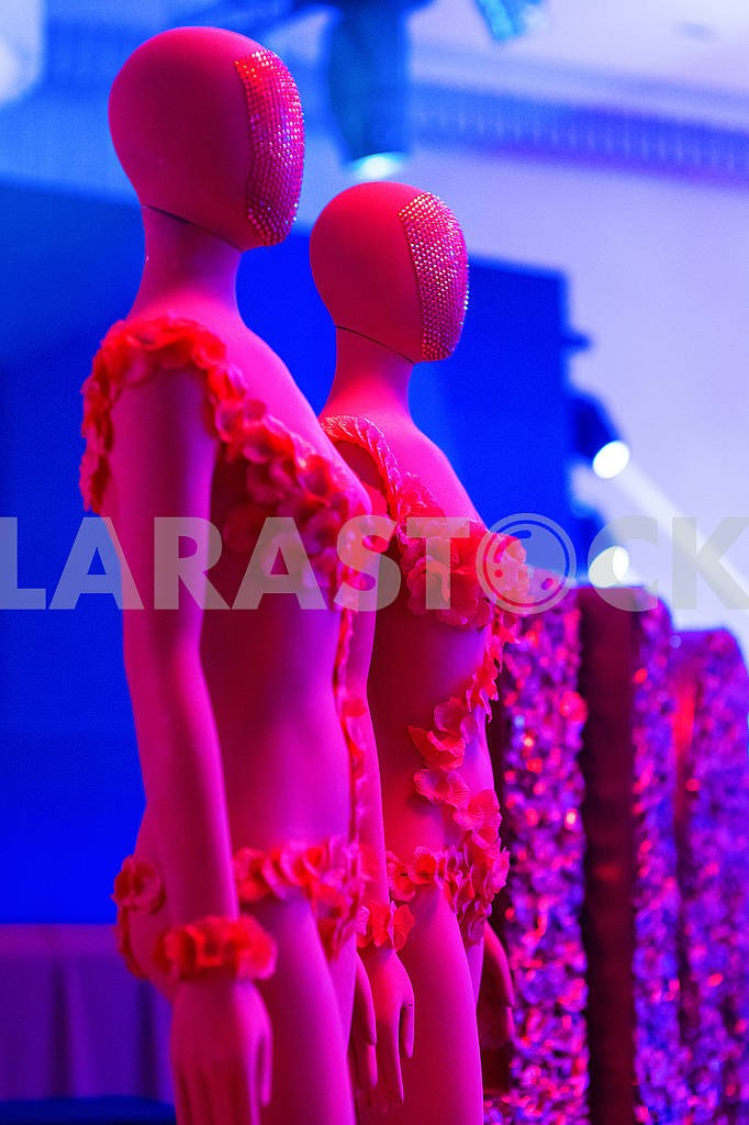 Red mannequin — Image 66569
