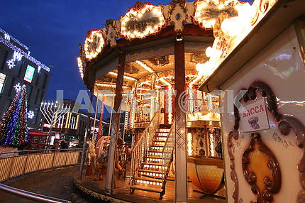 Carousel in the Dnieper