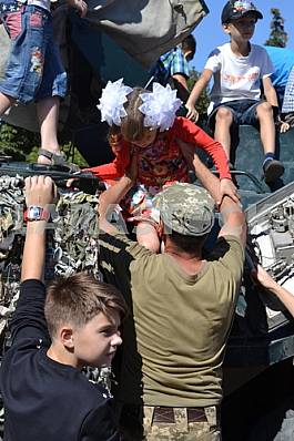Children on the APC at the bottom of Slavyansk