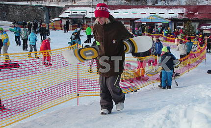 Snowboarders in Protasovoy Yar