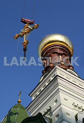 Installation of the cross over the Intercession Monastery